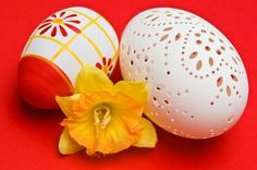 Learn how to blow out Easter eggs so you can save them for years to come.