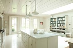 Bespoke Solid Wood Kitchens - Chelsea Studio 4