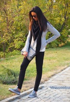 Leggings with sweater scarf and converse