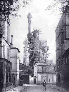Paris, 1886, building the statue of liberty