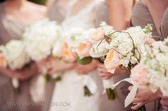 #Neutral #wedding #bouquet ... Wedding ideas for brides, grooms, parents & planners ... https://itunes.apple.com/us/app/the-gold-wedding-planner/id498112599?ls=1=8 ... plus how to organise your entire wedding ... The Gold Wedding Planner iPhone App ♥