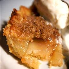 Apple Crumb Pie | It's like an apple crisp with pie crust. Which means it's exactly like delicious.