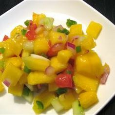 Change it up with this Mango Salsa!  Try it with some warm #tostada chips!  #fiesta #CincoDeMayo