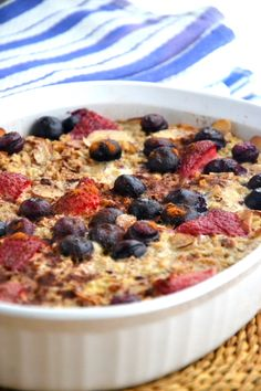 Gluten-Free Morning Baked Oatmeal TheHealthyApple.com #glutenfree #recipe #healthy
