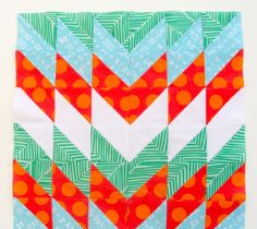 MODERN QUILT BLOCKS: HALF SQUARE TRIANGLES