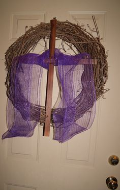 My Little Flower: Lent--wreath and lots of ideas for Lent and other occasions.