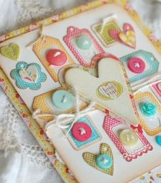 cute button card! love these colours together.