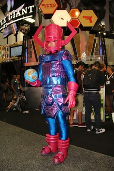 Comic-Con: Nobody is too geeky to hit this monstrous convention that embraces comics and other popular art forms.