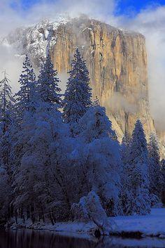 El Capitan, Yosemite National Park; photo by .I-Ting Chiang