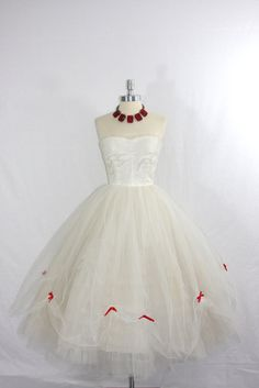 vintage 50's tulle satin red bows wedding dress $290,00