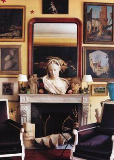 Classic British decor in home of fashion designer  Gilles Dufour (House & Garden Magazine)