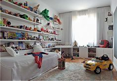Lived in but beautifully displayed and organized. #kids #decor
