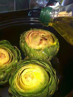 NO WAY...so excited.  Slow Cooker Artichokes.  I love artichokes!!!!