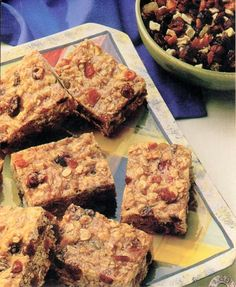 Low Fat Chewy Fruit & Oatmeal Bars - Recipe | http://www.quakeroats.com/
