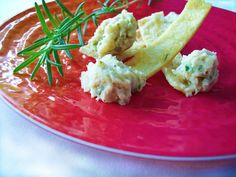 Rosemary & Olive Oil Pita Chips with Tuscan White Bean Dip