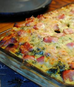 Recipe For Ham and Swiss Breakfast Casserole - This recipe can be made in advance the night before and then just pop in the oven when you're ready to make it.