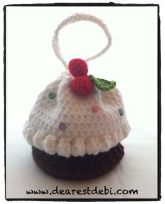 Crochet Cupcake Purse with Cherries on Top - Dearest Debi Patterns