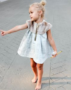 zipper dress with fur collar, so amazing. Duchess and lion. #kids #estella #fashion #designer