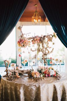 We love the earth tones and natural rustic wood against the contrast of light feminine roses. Producer/Designer: Amazáe Special Events Wedding Reception Venue: Rosewood Sandhill Resorts Wedding Photographer: Jerry Yoon Photography Wedding Flowers: Nicole Ha Designs