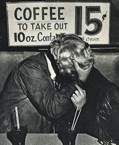 coffeeshop kiss. 1955