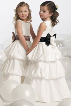 Dress by Jordan Fashions