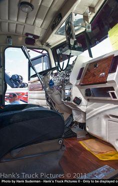 http://www.hankstruckpictures.com/pix/trucks/alberta_big_rig_show/2011/08-14/20110814_dsc_3221_hdr.jpg