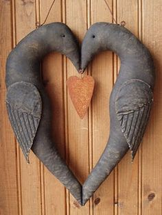 Prim crow heart...love it!!!
