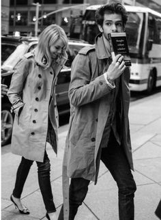 peopl, fashion, style, emma stone, coupl, stones, trench coats, andrew garfield, andrewgarfield