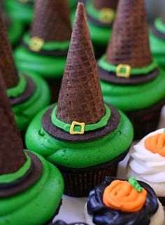 Witch hat cupcakes - I would be using natural dyes here...