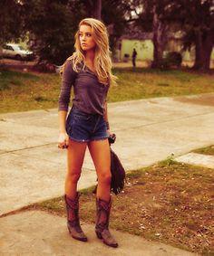 so cute i love the shorts!!