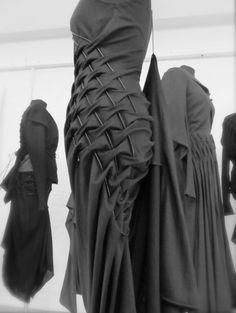 KEI KAGAMI f-w 13-14 smoking manipulation fabrics, i know those tecniques, very dramatic effect with black wool