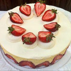 Frasier Cake by Melissa Barron... Mmmm