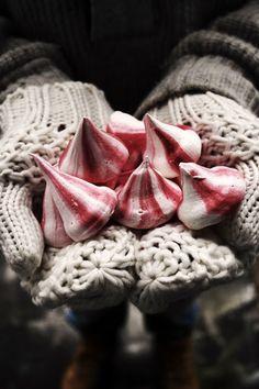 candy stripe meringues