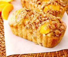 Peach Streusel Bread | peach breads with an oatmeal, brown sugar,
