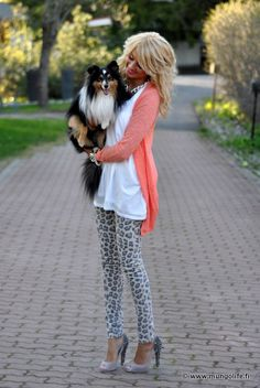 LOve the cheetah print pants and LOVE the peach colored top.