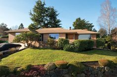 Mid-century Modern Homes in Seattle                                                                                                                                                      Mid-century modern houses are architecturally en vogue—so much so that in Seattle, people are willin