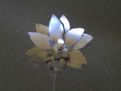 Flowers made out of soda cans.  Perfect accent to an industrial or modern decor.