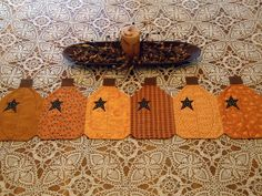 Pumpkin Thanksgiving Tablerunner, Primitive. $35.00, via Etsy.