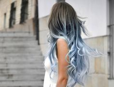 black pastel blue white ombre hair - how pretty is that! never seen this before