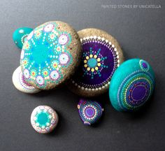 painted stones by Unicatella malowane kamienie #unicatella #kamieniemalowane #paintedstones