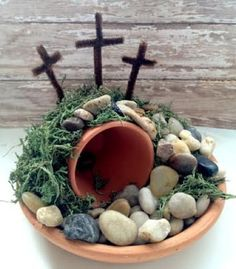 Easter Empty Tomb Centerpiece - easy and frugal diy craft for the family diy crafts, tomb centerpiec