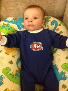 Le petit bonhomme d'Hila Bredenkamp prend déjà pour les Canadiens! / Hila Bredenkamp's little man is rooting for the #Habs! (Soumis sur / Submitted on Facebook)