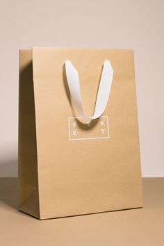 Kraft paper bag with