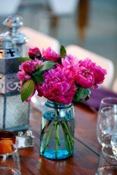 blue mason jars, blue mason jar wedding, pink and teal wedding colors, blue jars wedding, mason jar centerpieces, color combinations, wedding jars of flowers, pink and blue wedding flowers