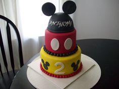 mous birthday, mickey mouse cake, mickey cake, bday, birthday idea
