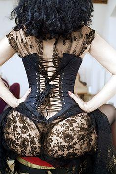 such  a pretty corset!!!