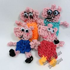 PEPPA PIG and her family. Designed and loomed by Kate Schultz of Izzaicious Designs on the Rainbow Loom. (Rainbow Loom FB page)