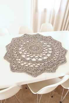 Gorgeous Crochet Doily for Centerpieces    Free Pattern http://www.creativejewishmom.com/2013/04/giant-crocheted-doily-rug-pattern.html