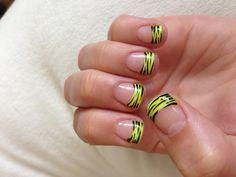 My new highlighter yellow nail art!