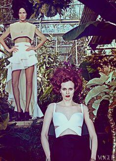 Hot House Flowers – Photos – Vogue
